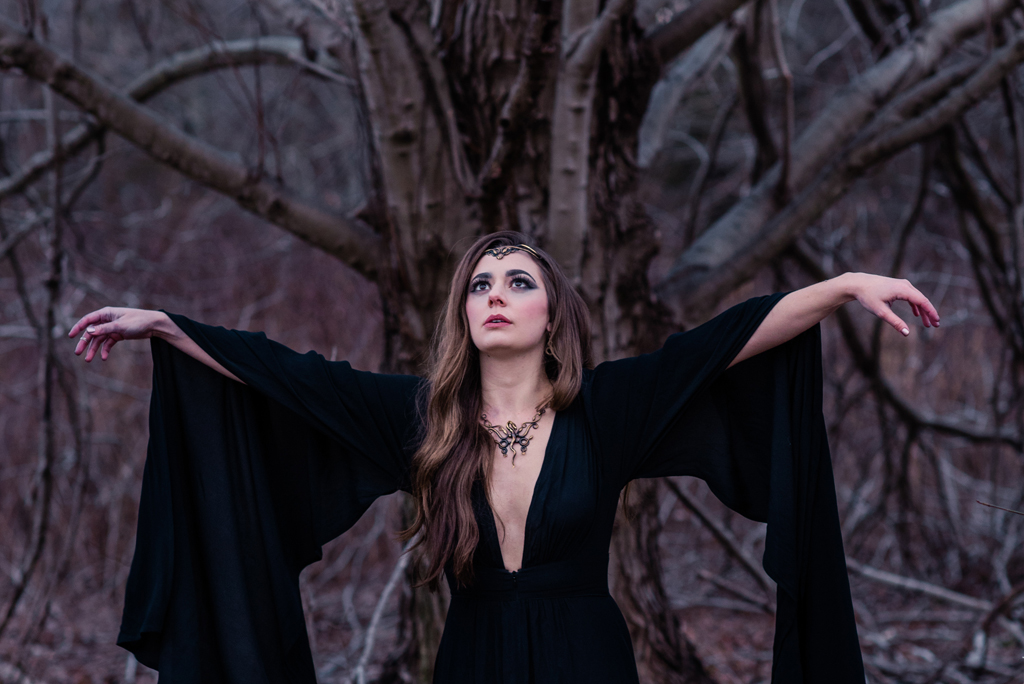 Witchy walk in the woods-217